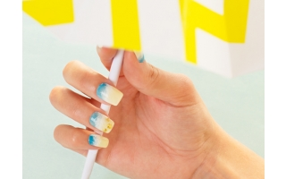 STEP BY STEP NAIL ART PLAGE