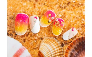Nail Art avec les gels Color It collection Summer