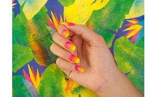Nail art dégradé au pinceau éventail