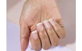 DIP in french sur ongles naturels
