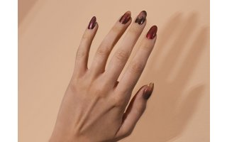 Glitter semi-permanent lacquer colour gradient look